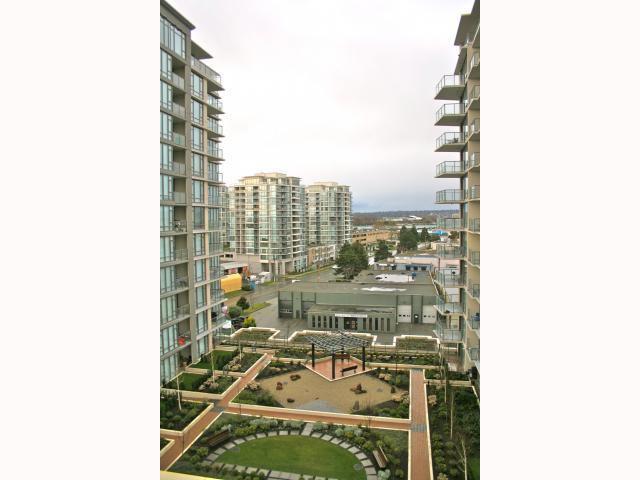 "Main Photo: 1009 6888 ALDERBRIDGE Way in Richmond: Brighouse Condo for sale in ""FLO"" : MLS®# V815734"
