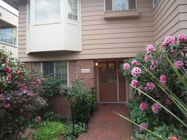 Main Photo: 2322 MARINE Drive in West Vancouver: Dundarave House 1/2 Duplex for sale : MLS®# V824033