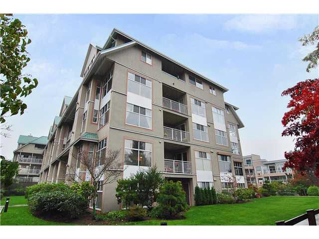"Main Photo: 209 11609 227TH Street in Maple Ridge: East Central Condo for sale in ""EMERALD MANOR"" : MLS®# V858529"