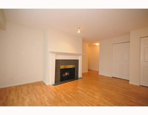 """Main Photo: 207 511 W 7TH Avenue in Vancouver: Fairview VW Condo for sale in """"BEVERLY GARDENS"""" (Vancouver West)  : MLS®# V797836"""