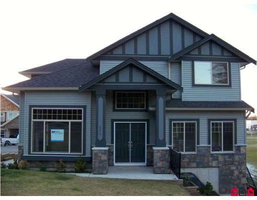 Main Photo: 2275 MARTENS Street in Abbotsford: Poplar House for sale : MLS®# F2825500