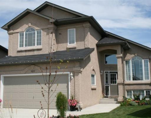 Main Photo: 127 EBB TIDE Drive in WINNIPEG: Windsor Park / Southdale / Island Lakes Residential for sale (South East Winnipeg)  : MLS®# 2908352
