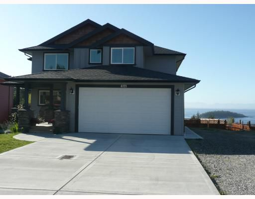 """Main Photo: 6373 PICADILLY Place in Sechelt: Sechelt District House for sale in """"W. SECHELT"""" (Sunshine Coast)  : MLS®# V789701"""