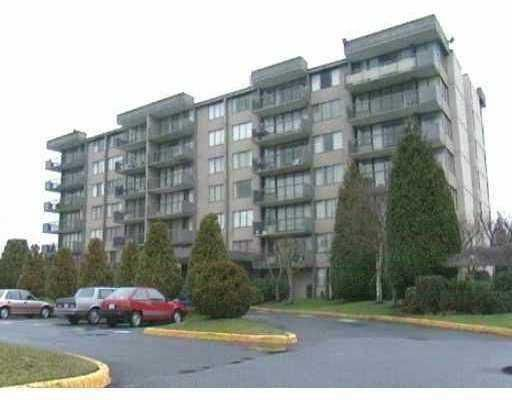 702 9320 PARKSVILLE Drive in Richmond: Boyd Park Condo for