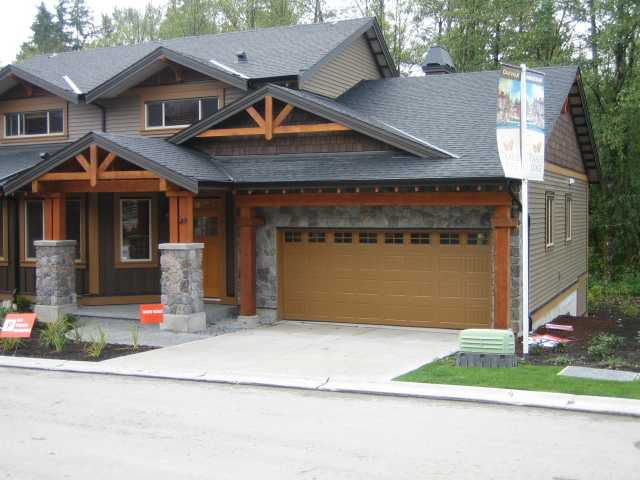 "Main Photo: 72 24185 106B Avenue in Maple Ridge: Albion House 1/2 Duplex for sale in ""TRAILS EDGE"" : MLS®# V821730"