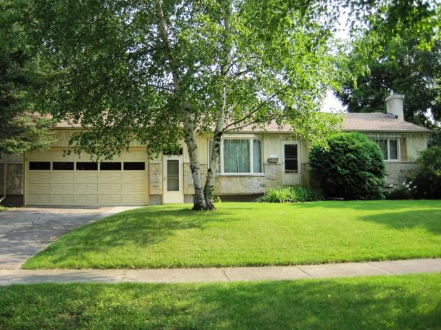 Main Photo: 616 PATRICIA Avenue in WINNIPEG: Fort Garry / Whyte Ridge / St Norbert Residential for sale (South Winnipeg)  : MLS®# 1016789