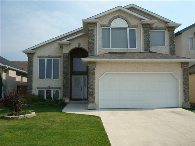 Main Photo: 250 BAIRDMORE Boulevard in WINNIPEG: Fort Garry / Whyte Ridge / St Norbert Residential for sale (South Winnipeg)  : MLS®# 1019372