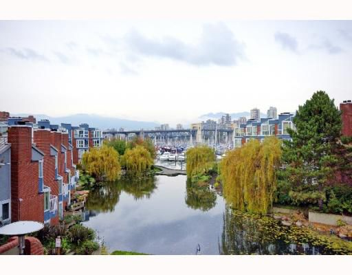 "Main Photo: 313 1515 W 2ND Avenue in Vancouver: False Creek Condo for sale in ""ISLAND COVE"" (Vancouver West)  : MLS®# V754897"