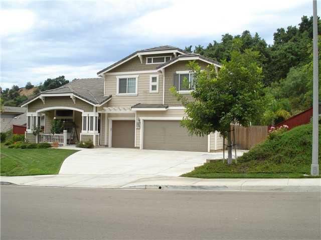 Main Photo: EAST ESCONDIDO House for sale : 4 bedrooms : 311 Oak Valley in Escondido
