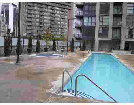 """Main Photo: 1907 1199 SEYMOUR Street in Vancouver: Downtown VW Condo for sale in """"BRAVA"""" (Vancouver West)  : MLS®# V742072"""