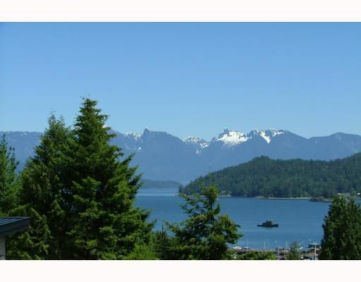 Main Photo: 458 ABBS Road in Gibsons: Gibsons & Area House for sale (Sunshine Coast)  : MLS®# V769677