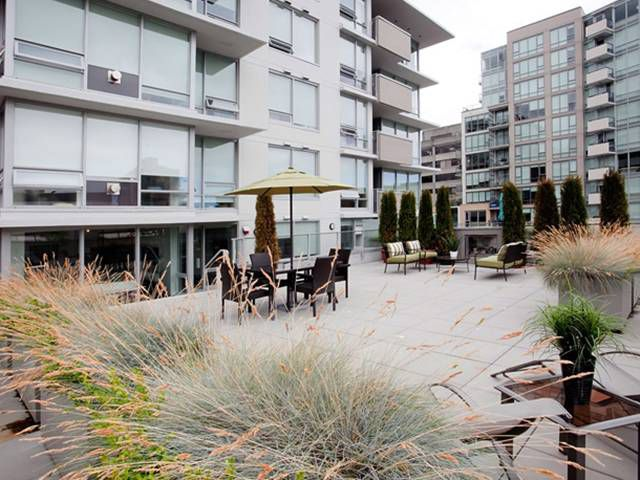 "Main Photo: 307 1675 W 8TH Avenue in Vancouver: Fairview VW Condo for sale in ""CAMERA"" (Vancouver West)  : MLS®# V847637"