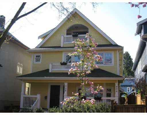 Main Photo: 908 E 10TH Avenue in Vancouver: Mount Pleasant VE House 1/2 Duplex for sale (Vancouver East)  : MLS®# V764631