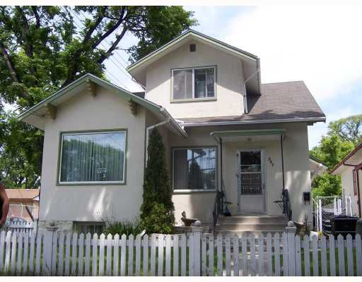 Main Photo: 347 BURROWS Avenue in WINNIPEG: North End Residential for sale (North West Winnipeg)  : MLS®# 2811191