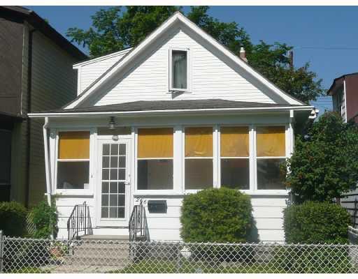 Main Photo: 266 INGLEWOOD Street in WINNIPEG: St James Residential for sale (West Winnipeg)  : MLS®# 2811404