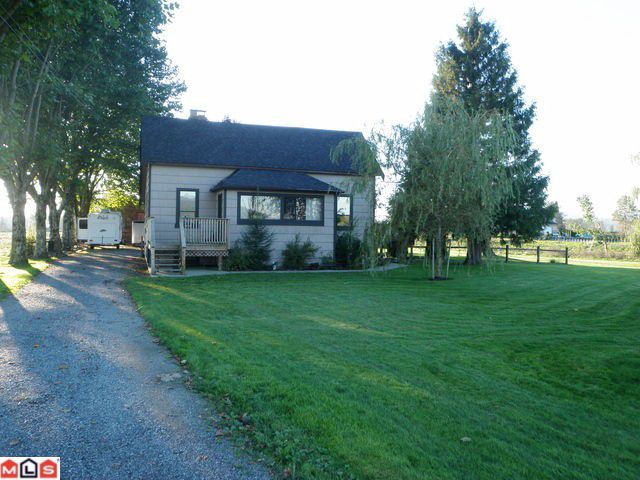 Main Photo: 6203 BELL Road in Abbotsford: Matsqui House for sale : MLS®# F1023718