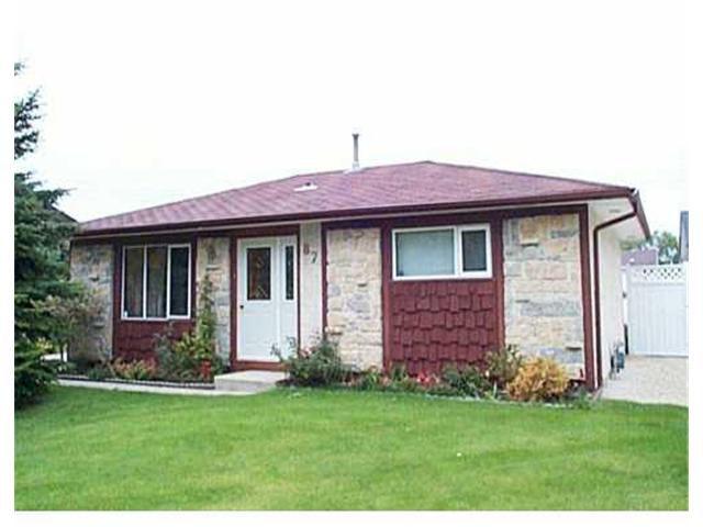 Main Photo: 87 MUTCHMOR Close in WINNIPEG: East Kildonan Residential for sale (North East Winnipeg)  : MLS®# 2311593