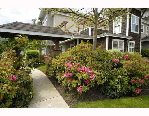 "Main Photo: 31 7111 LYNNWOOD Drive in Richmond: Granville Townhouse for sale in ""LAURELWOOD"" : MLS®# V726732"