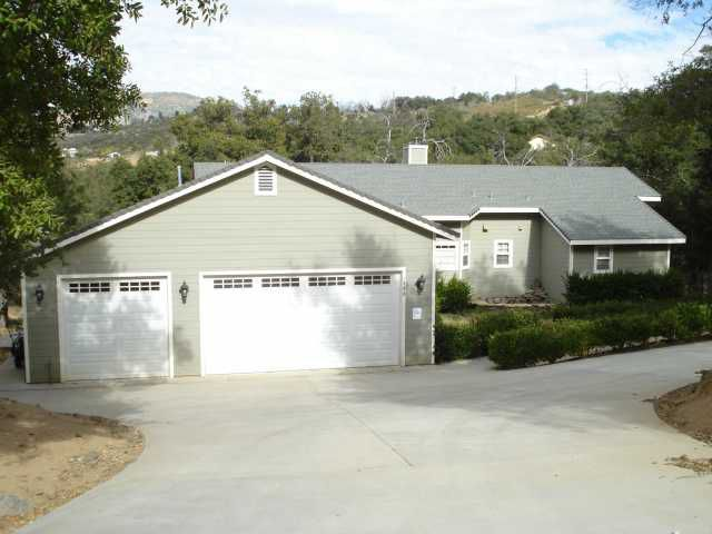 Main Photo: SANTA YSABEL House for sale : 3 bedrooms : 1305 Lakedale