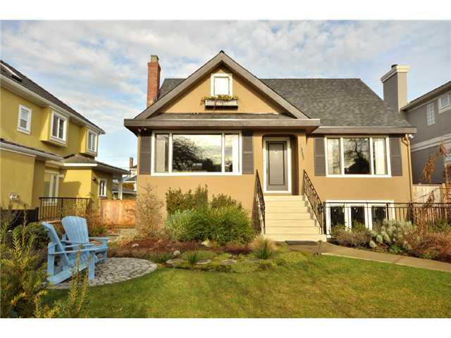 """Main Photo: 2325 W 21ST Avenue in Vancouver: Arbutus House for sale in """"Arbutus"""" (Vancouver West)  : MLS®# V866415"""