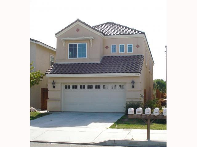 Main Photo: SOUTHEAST ESCONDIDO House for sale : 4 bedrooms : 1577 Maple in Escondido