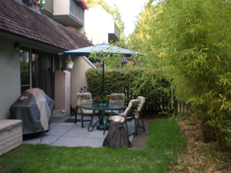 """Main Photo: 11 1923 PURCELL Way in North Vancouver: Lynnmour Condo for sale in """"LYNNMOUR SOUTH"""" : MLS®# V781474"""