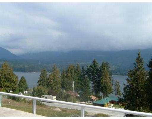 Photo 8: Photos: 6274 FAIRWAY AV in Sechelt: Sechelt District House for sale (Sunshine Coast)  : MLS®# V555081