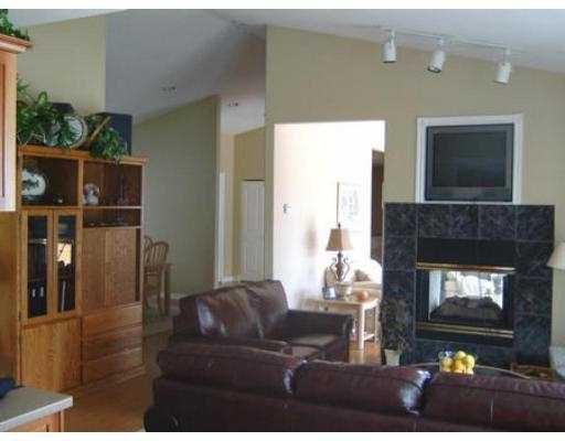 Photo 5: Photos: 6274 FAIRWAY AV in Sechelt: Sechelt District House for sale (Sunshine Coast)  : MLS®# V555081