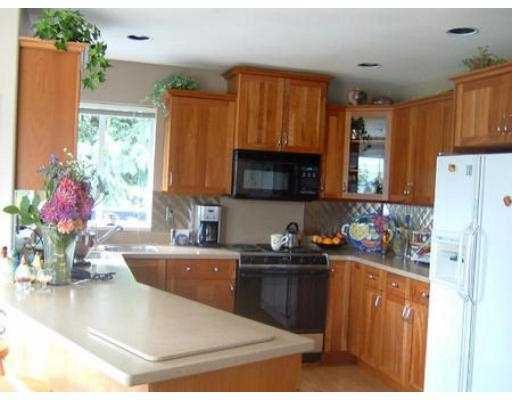 Photo 4: Photos: 6274 FAIRWAY AV in Sechelt: Sechelt District House for sale (Sunshine Coast)  : MLS®# V555081