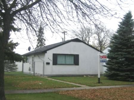 Photo 1: Photos: 443 Kent Road: Residential for sale (Elmwood)  : MLS®# 2718084