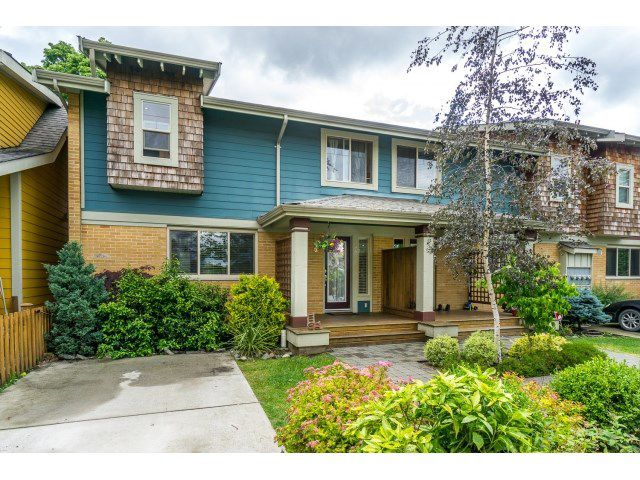 "Main Photo: 44 5960 COWICHAN Street in Chilliwack: Vedder S Watson-Promontory Townhouse for sale in ""The Quarters"" (Sardis)  : MLS®# R2072906"