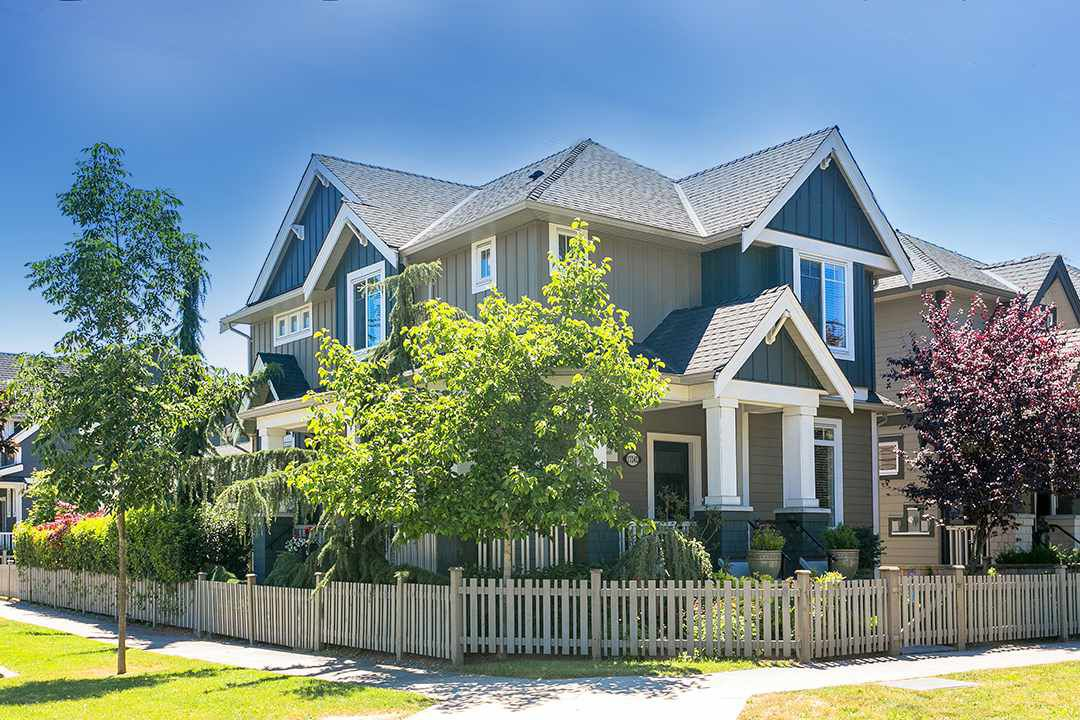 Main Photo: 17242 2 AVENUE in Surrey: Pacific Douglas House for sale (South Surrey White Rock)  : MLS®# R2186933