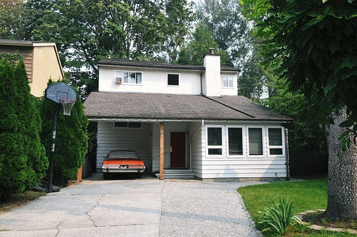 Main Photo: 19753 WILDCREST Avenue in Pitt Meadows: South Meadows House for sale : MLS®# R2299741