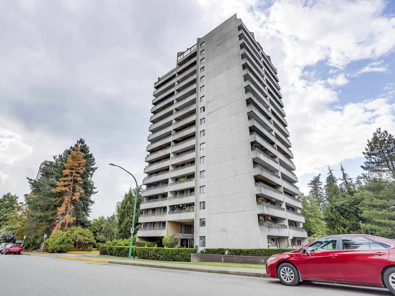 """Main Photo: 1004 6595 WILLINGDON Avenue in Burnaby: Metrotown Condo for sale in """"HUNTLY MANOR"""" (Burnaby South)  : MLS®# R2306640"""