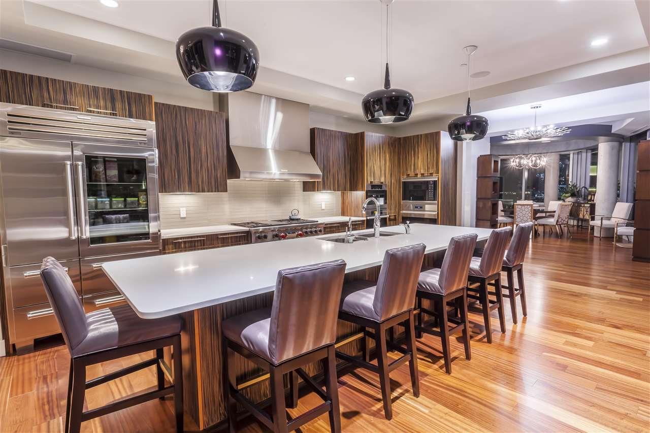 Photo 12: Photos: 3001 11969 JASPER Avenue in Edmonton: Zone 12 Condo for sale : MLS®# E4139626