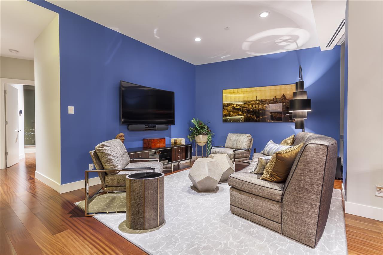 Photo 17: Photos: 3001 11969 JASPER Avenue in Edmonton: Zone 12 Condo for sale : MLS®# E4139626