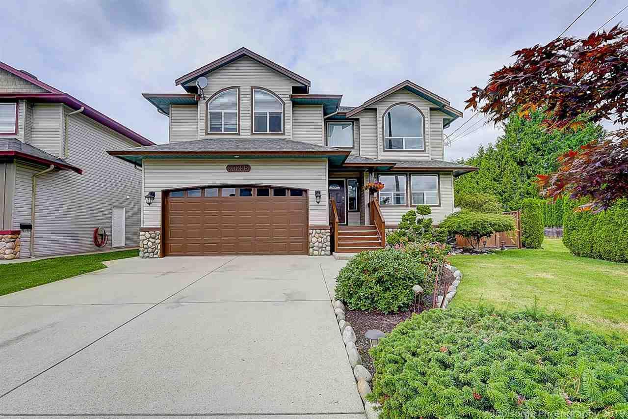 Main Photo: 20295 KENT Street in Maple Ridge: Southwest Maple Ridge House for sale : MLS®# R2386664