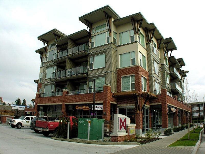 "Main Photo: 410 1975 MCCALLUM Road in Abbotsford: Central Abbotsford Condo for sale in ""The Crossing"" : MLS®# R2387353"