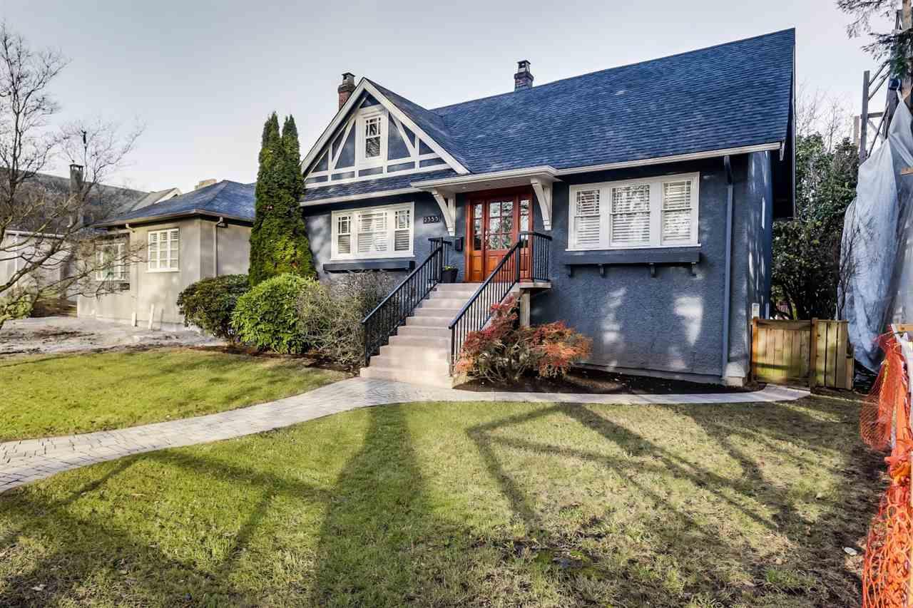 Main Photo: 2355 W 14TH AVENUE in : Kitsilano House for sale : MLS®# R2016331