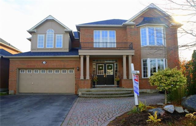Main Photo: 20 Merlin Drive in Brampton: Vales of Castlemore House (2-Storey) for sale : MLS®# W3648653
