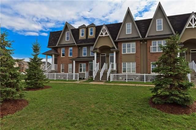 Main Photo: 38 1380 Costigan Road in Milton: Clarke Condo for lease : MLS®# W3929757