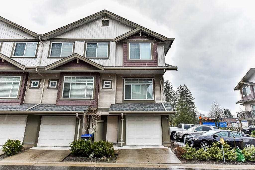"Main Photo: 33 15933 86A Avenue in Surrey: Fleetwood Tynehead Townhouse for sale in ""SERENITY GARDENS"" : MLS®# R2247374"