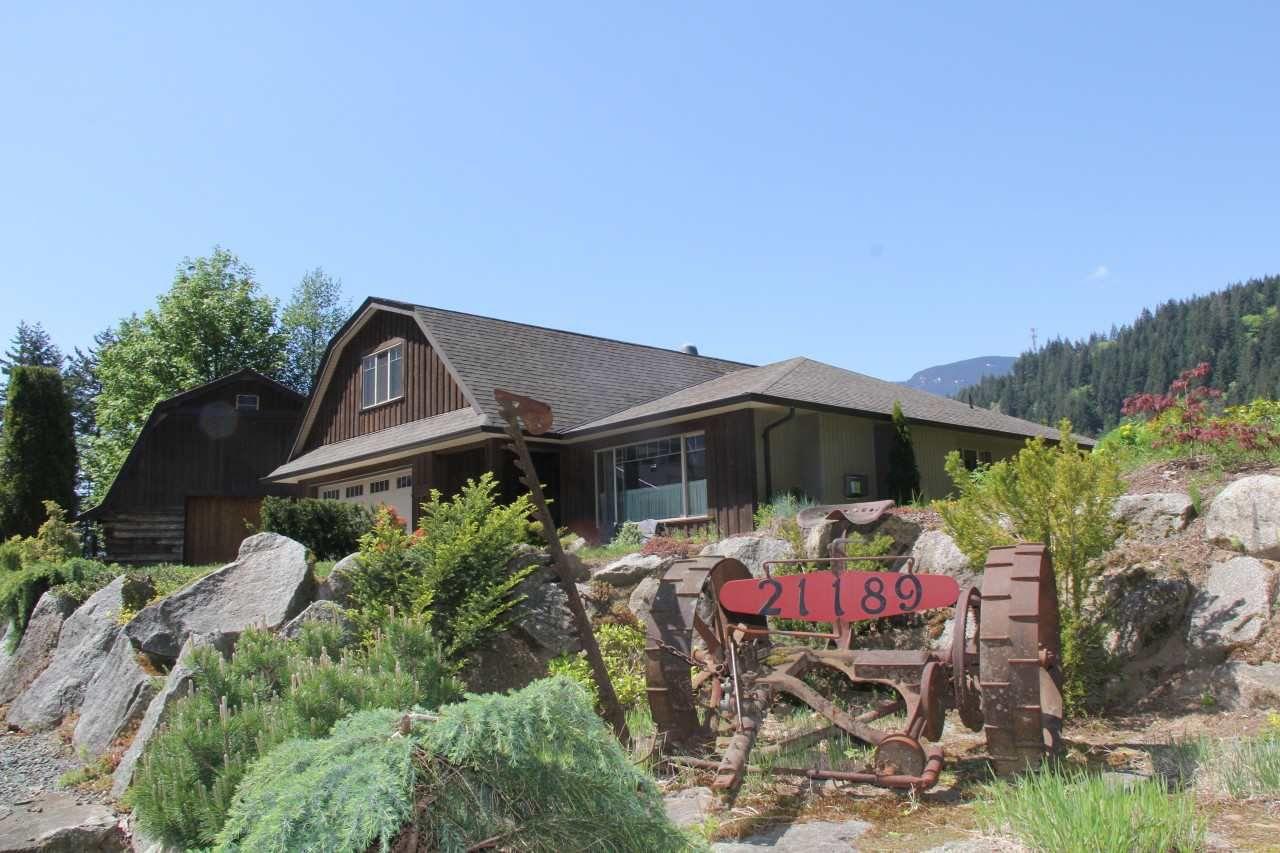 Main Photo: 21189 KETTLE VALLEY Road in Hope: Hope Kawkawa Lake House for sale : MLS®# R2275478
