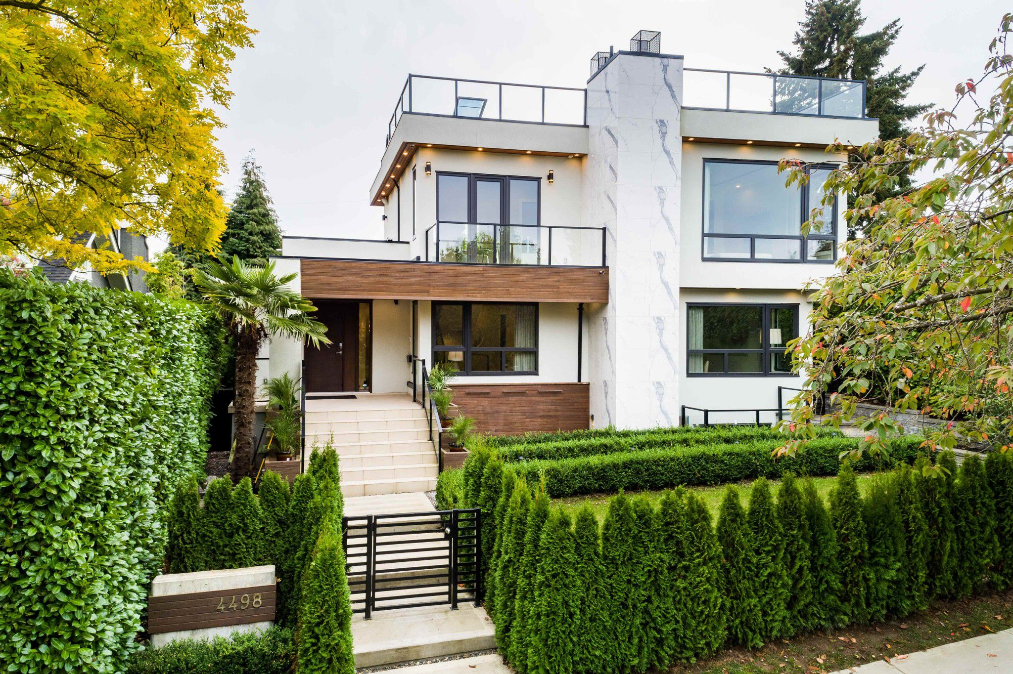 Main Photo: 4498 W 7TH Avenue in Vancouver: Point Grey House for sale (Vancouver West)  : MLS®# R2311991