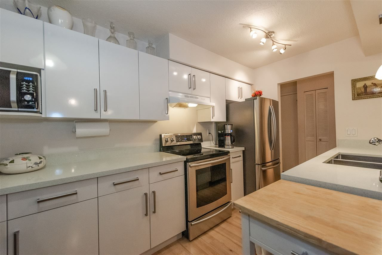 Main Photo: 207 708 EIGHTH Avenue in New Westminster: Uptown NW Condo for sale : MLS®# R2316620