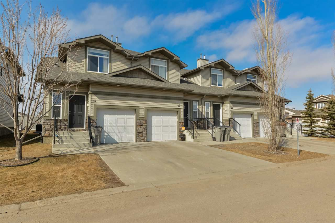 Main Photo: 42 9511 102 Avenue: Morinville House Half Duplex for sale : MLS®# E4138220