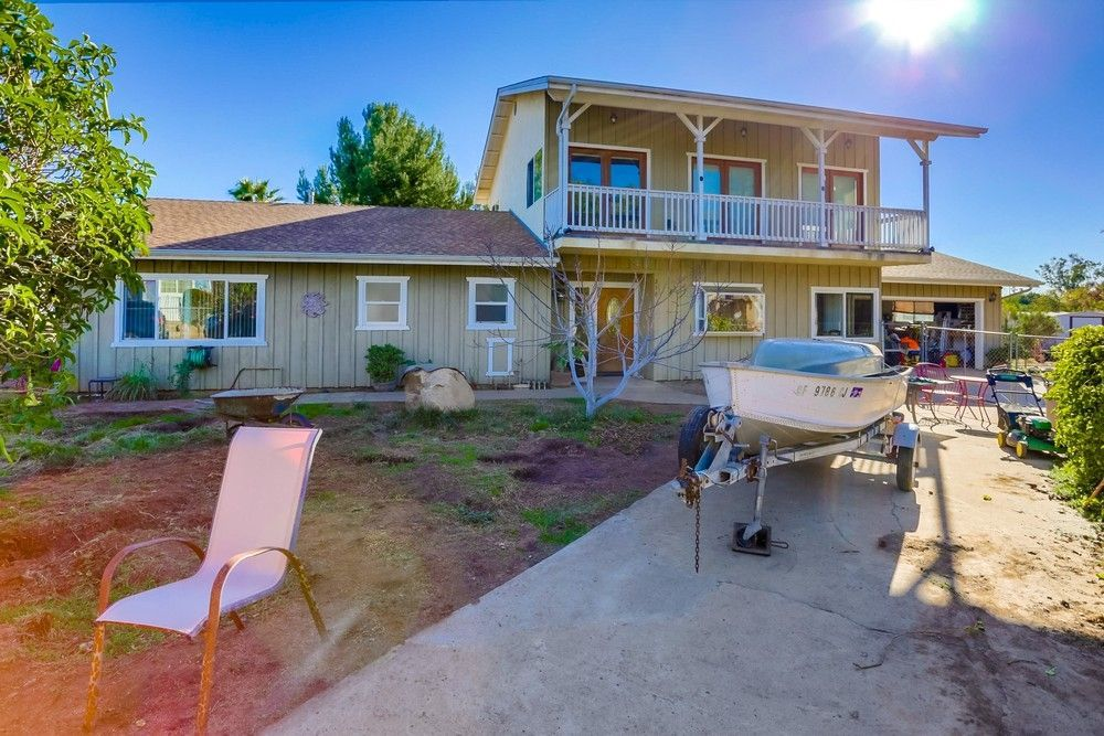 Main Photo: EL CAJON House for sale : 3 bedrooms : 230 Holly Rd