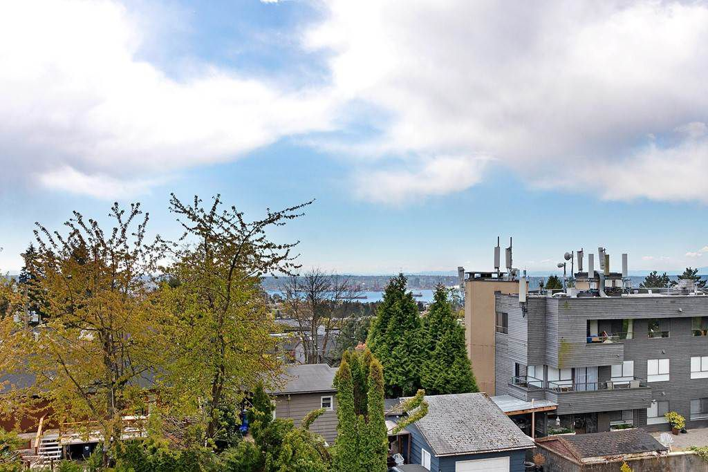 Photo 14: Photos: 121 E ST. JAMES Road in North Vancouver: Upper Lonsdale House for sale : MLS®# R2365362