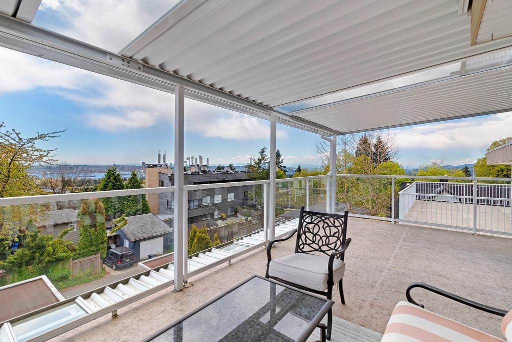 Photo 13: Photos: 121 E ST. JAMES Road in North Vancouver: Upper Lonsdale House for sale : MLS®# R2365362
