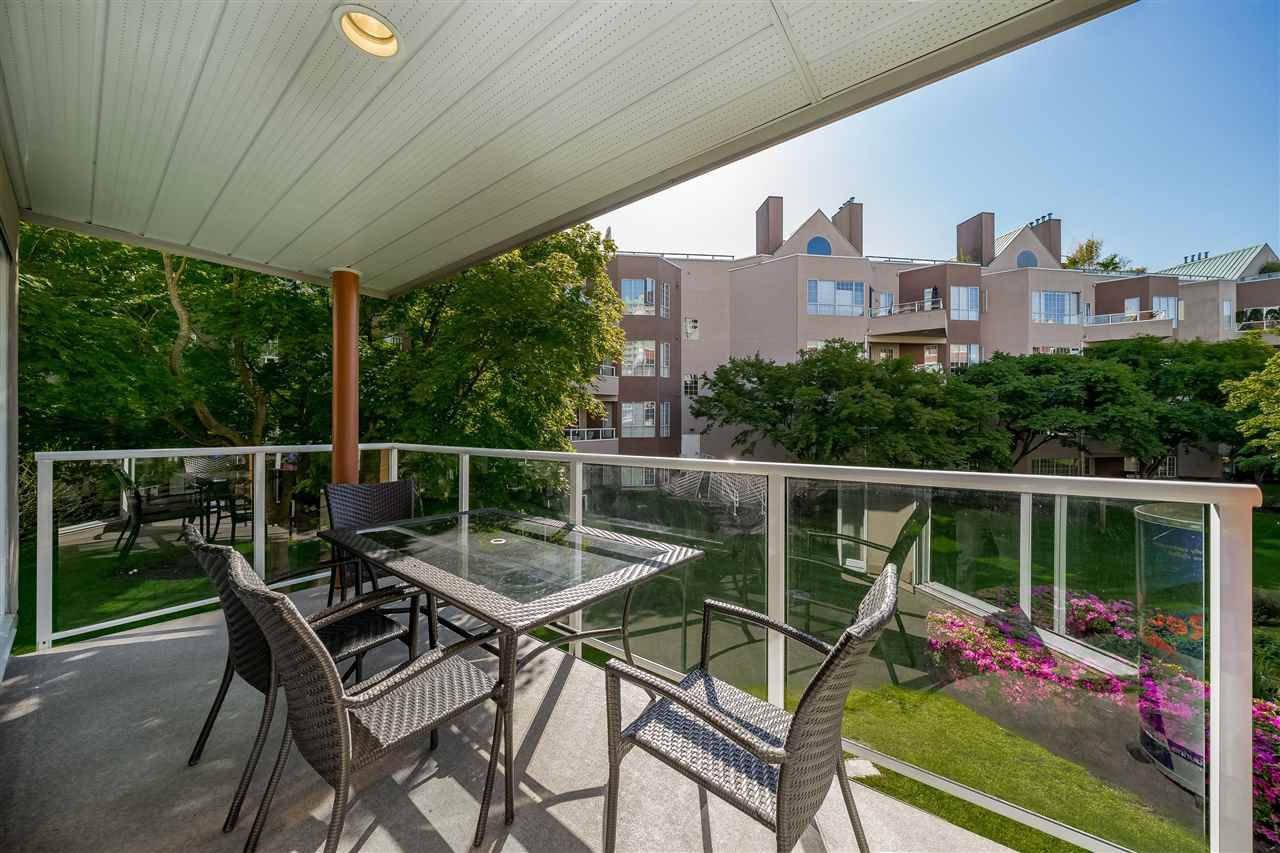 "Main Photo: 207B 1210 QUAYSIDE Drive in New Westminster: Quay Condo for sale in ""Tiffany Shores"" : MLS®# R2374749"